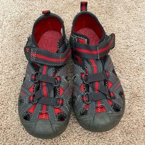 Youth size 11W EUC Merrell Hydro hiking sandals